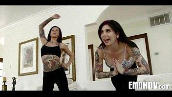 emo lesbians 141