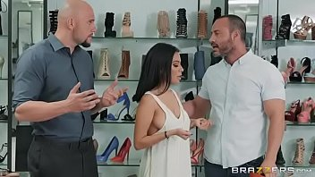 Monica asis - If The Shoe Fits thumbnail