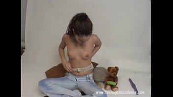 Kimmie's Pussy Show