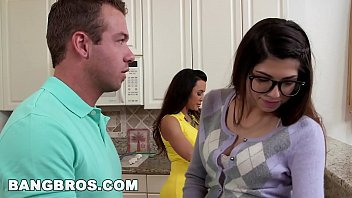 BANGBROS - Stepson bangs his GF Ava Taylor and Stepmom Lisa Ann (smv13200) Thumb