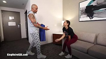 BBC Personal Trainer Fucks & Stretches Her Out Sarah Lace and King Noire