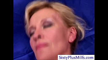 Gilf 3some tubes - Kinky sexy mature lady in 3some