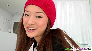Bigcock loving asian teen facialized 8分钟