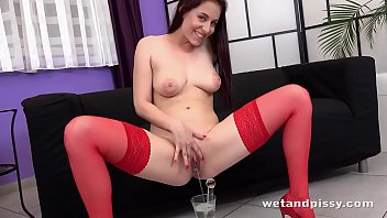 Mature hotpants - Busty brunette pees her hotpants
