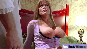 Sexy Housewife (darla crane) With Big Juggs Get Hard Sex mov-10