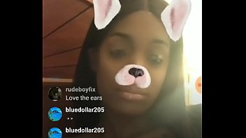 Hushh money huge boobs in live instagram