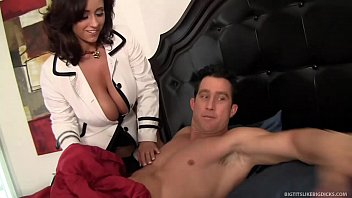 Eva Notty's Huge Tits Get Fucked and Cummed On! thumbnail