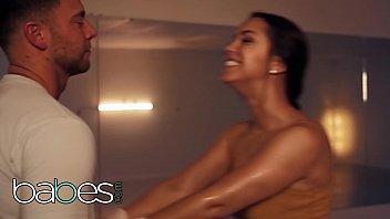 (Seth Gamble, Alina Lopez) - Wet Series Soaked - BABES 11 min