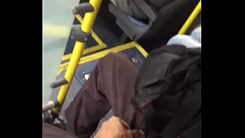 Meu fã do Twitter dentro do ônibus ficou me secando