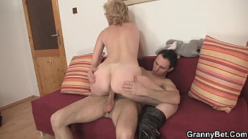 Picked up skinny mature blonde rides his dick 6 min