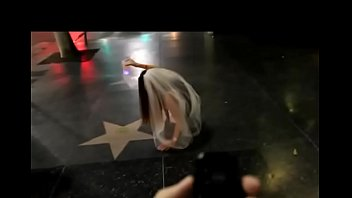 HOT GIRL WITH VIBRATING PANTIES ON LOS ANGELES Vorschaubild