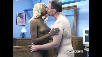 Hungry ebony hottie Fiona blowing an old geek tumblr xxx video