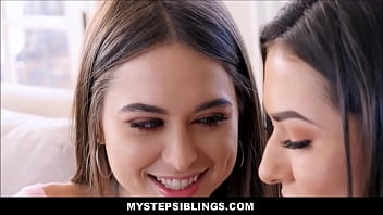 Twin Sisters Riley Reid And Melissa Moore Threesome With Nerdy Stepbrother