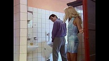 The Toilet 6 Min