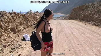 Crazy Couple Sex On Deserted Road 6 Min