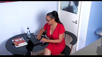 Mature Office Babe Rubs Her Pussy On Secret Cam - More Videos At 69Cambabes.com