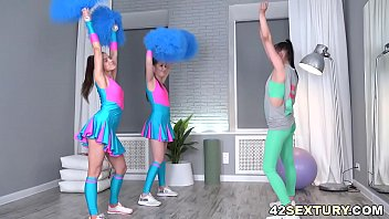 Young Cheerleaders Have Lesbian Fun Time
