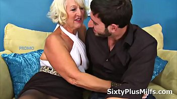 Mature Lady Gets Banged by a Youthful Cock 8 min