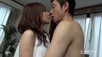 京野明日香AV女優。続々生中ザーメン垂れ流し‼️3人分の精子がぶちこまれる‼️