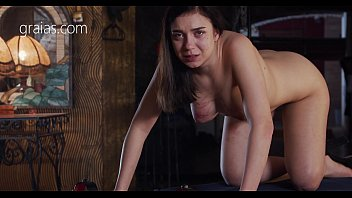 Slave lose her b. from pain thumbnail