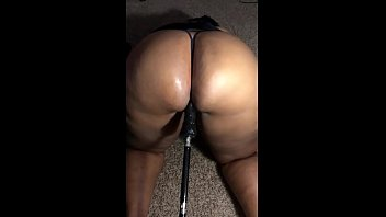 Sex machines dildos - Ghetto milf squirts on sex machine