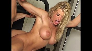 Gym Sex - Vicky Vette