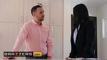 Real Wife Stories - (Layla Sin, Keiran Lee) - I Need Some Excitement - Brazzers