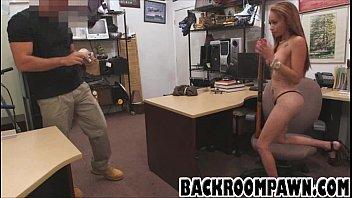 Brunette ebony babe gives a blowjob before fucking
