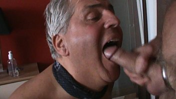 swallowing cumshot