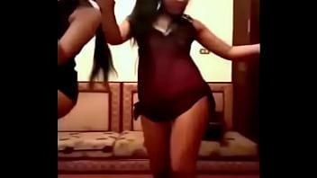 10730 بنات ساخنات  رقص شرقي مثير preview