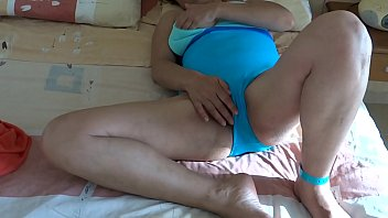 Ardientes 69 erotic moments of my wife beach...