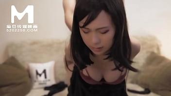 【国产】麻豆传媒作品 / 女同事的援交画面流出 / 免费看