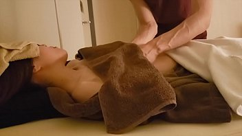 Japanese aroma oil massage 12