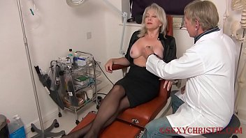 Christie seduces her doctor