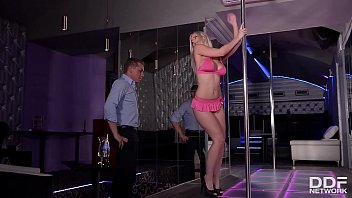 Blonde Stripper Nathaly Cherie Gets A Hardcore Anal Fuck