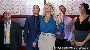 Brazzers - Big Tits at Work - Bridgette B Xander Corvus - Stuck In The Elevator porno izle