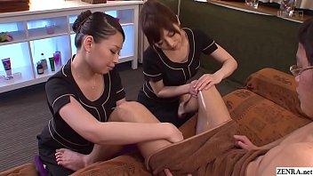JAV CFNM massage clinic handjob by two masseuses Subtitles thumbnail