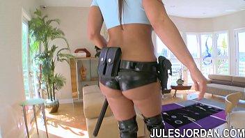 Jules Jordan - Lisa Ann Busty Cop Fuck My Ass Or Go To Jail image