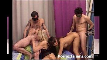Porno provino italiano - Porn casting italian - Bionda tettona e mora focosa