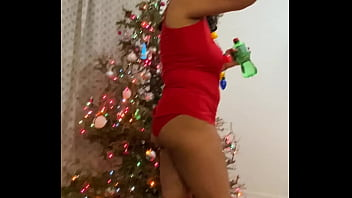 Anna Maria Mature Latina behind the scenes a little tipsy