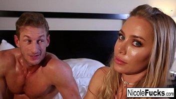 Nicole Aniston Öl Massage