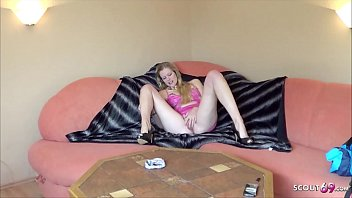 Anorexic College Teen Seduce to Amateur Sex Fuck - German