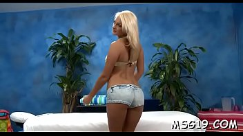Hardcore femdom massage videos Leggy hottie bounces on schlong
