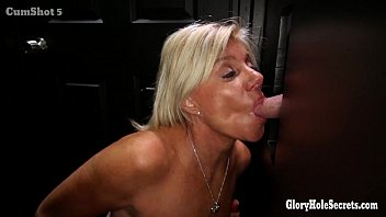 Gloryhole Secrets Mature blonde shows off her years of skill thumbnail