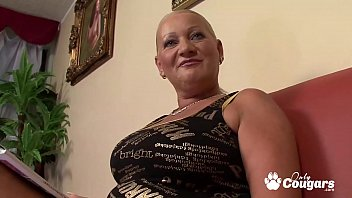 Chunky Mature Granny Has Her Asshole Ravished 28 min
