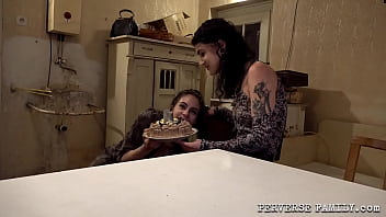 Perverse Family Filthy B'day Cake