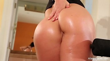 Alison Tyler Works out Her Perfect Body.MP4