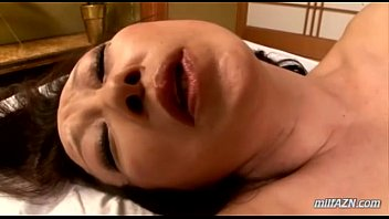 Mature Woman Getting Her Pussy Licked Fingered Sucking Guy In 69 Fucked In Doggy