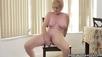 Naked older woman pictures - An older woman means fun part 17