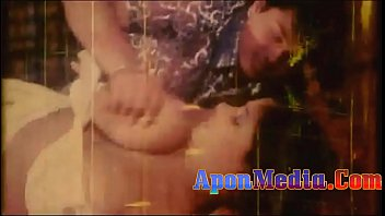 Nude bathers movies - Bangla nude video with song কত বড় দধ